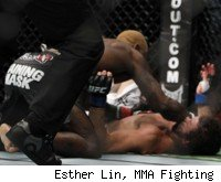 Melvin Guillard knocks out Shane Roller at UFC 132.