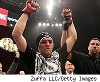 Nick Diaz defended his welterweight title against Paul Daley.