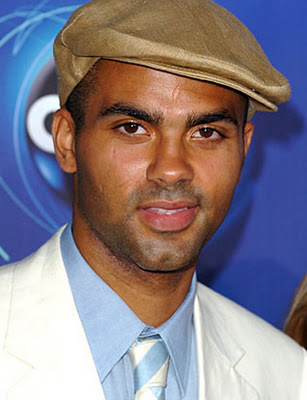 Tony_parker_beret_medium