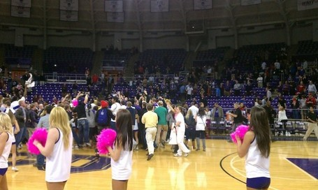 Tcu-basketball-fans-storm-court-628x375_medium