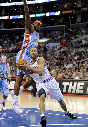 120140_spurs_clippers_basketball_medium