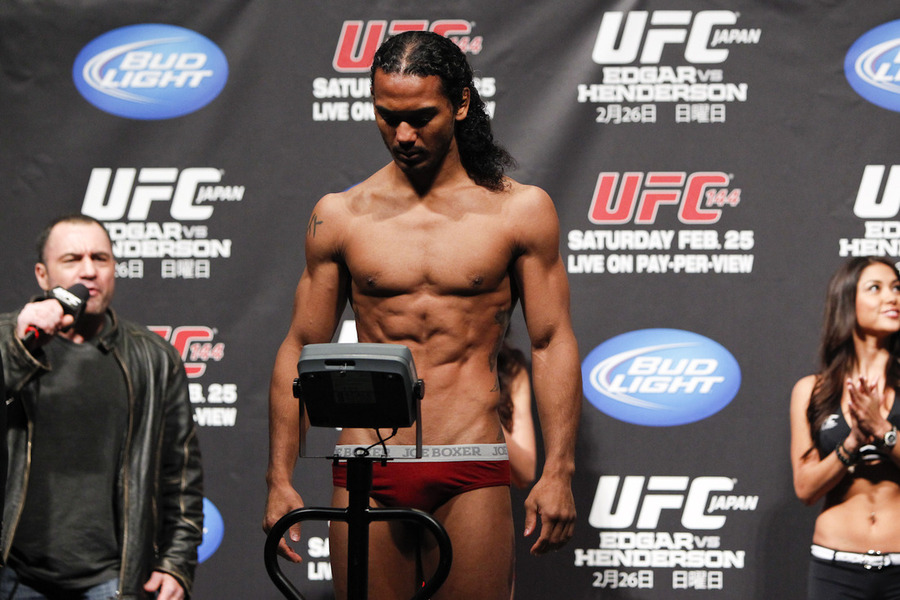 UFC 144 weigh in photos gallery for 'Edgar vs Henderson' in Japan ...