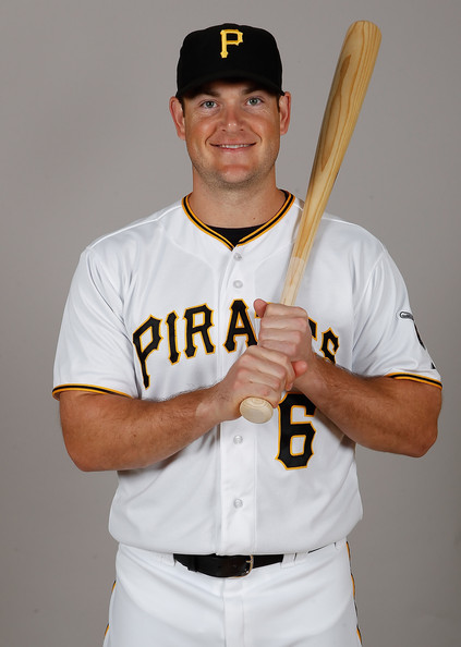 Pittsburgh_pirates_photo_day_p3r1-or1aufl_medium