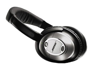 Bose_quietcomfort_15_acoustic_noise_cancelling_headphones__13324_zoom
