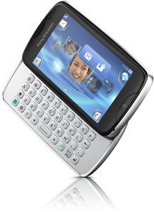 Sony-ericsson-txt-pro-open2
