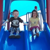 Bea_and_hayden_slide