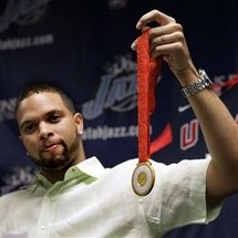 Deron_williams_gold_medal