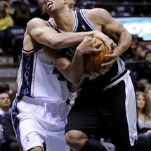82128_spurs_nets_basketball
