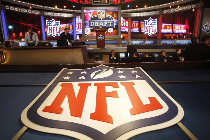 2013 nfl mock draft database