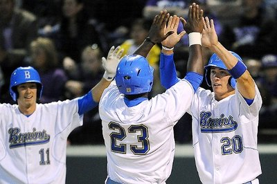 La_u_ucla_baseball_b4_576.0_standard_400.0
