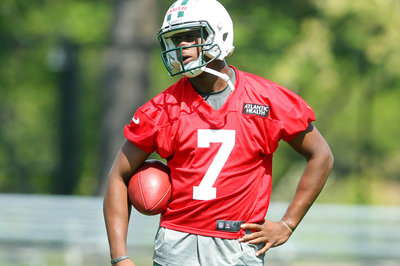 Geno Smith Hires Roc Nation to Represent Him