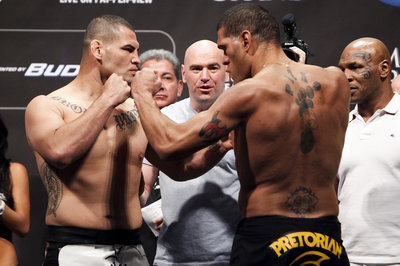 038_cain_velasquez_and_antonio_silva