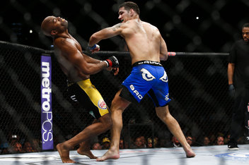 132 chris weidman vs anderson silva.0 standard 352.0 UFC 162: Every Legend Eventually Falls