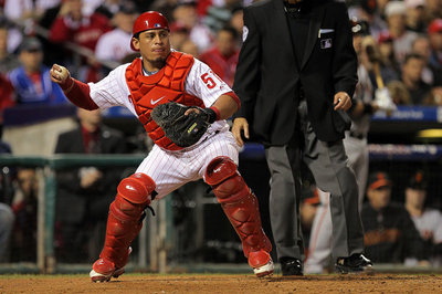 Carlos Ruiz free agency: Catcher signs three-year deal with Philadelphia Phillies