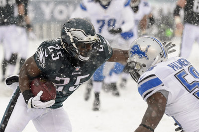 LeSean McCoy's Record Breaking Game Worn Gear Being Sent to the Pro Football Hall of Fame