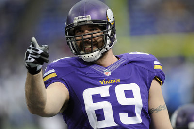 2014 NFL Free Agency: Denver Broncos looking to sign Jared Allen
