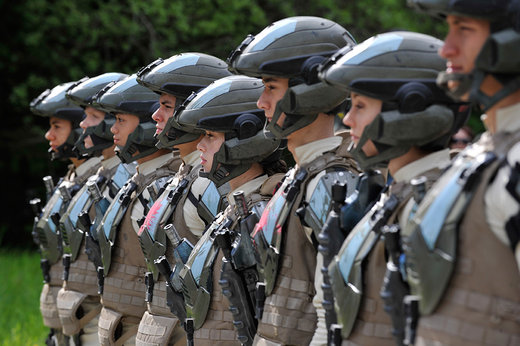 http://cdn3.sbnation.com/uploads/chorus_image/image/753187/halo-4-forward-unto-dawn-cadets-1020.0_standard_520.0.jpg