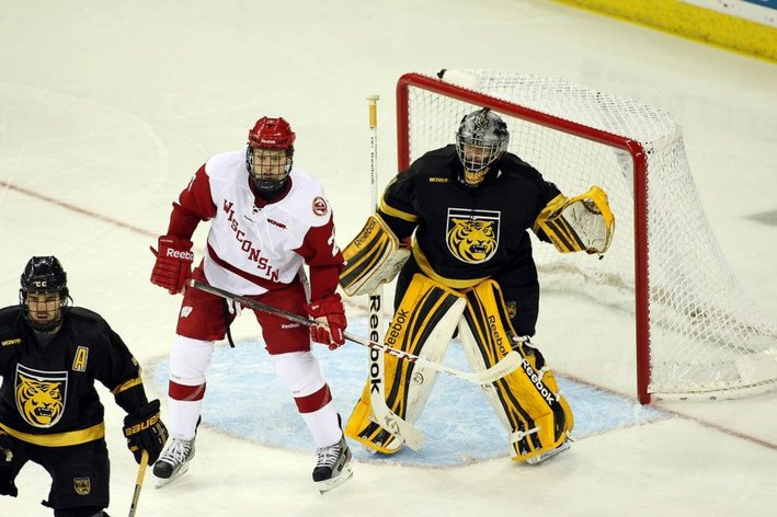 WCHA: Analyzing The Remaining Schedule
