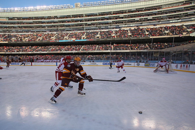 WCHA: Hockey City Classic - 9 Thoughts On The Minnesota-Wisconsin Outdoor Game