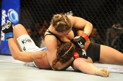 UFC 157 results: Ronda Rousey worried about sports bra as much as Liz Carmouche