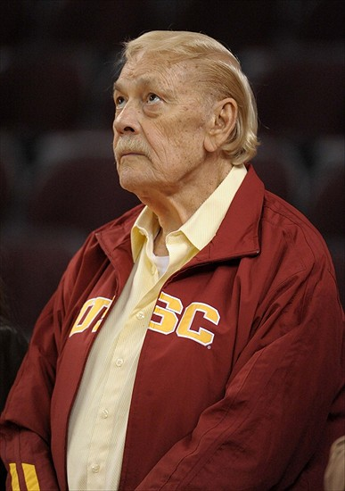 Jerry Buss '57 Dies At 80. - Conquest Chronicles